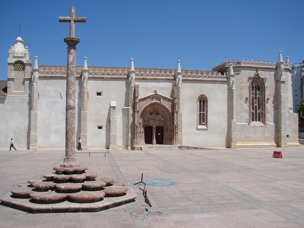 Old church and cloister of the Monastery of Jesus (***) (Setúbal) (1Part)