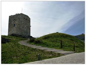 torre velha guarda 300x227 Panorama da Torre Velha da Guarda (*) É o ponto mais alto das cidades portuguesas
