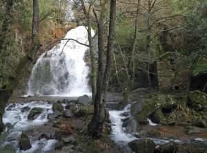 cascata da cabreia  é uma das mais belas de Portugal