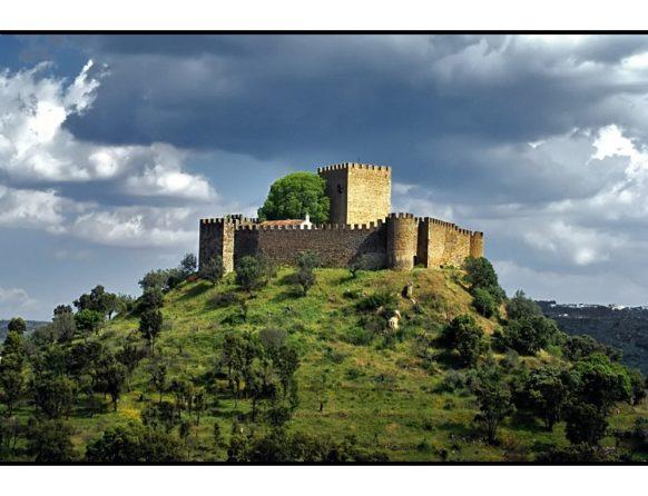 Castelo de Belver (Gavião) (**)- É um dos 5 monumentos de visita obrigatória dos Cavaleiros da Ordem do Hospital em Portugal